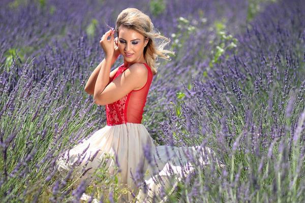 sukienki damskie typu tulipan