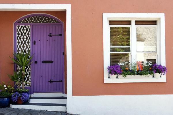 montaż okien w strefie docieplenia domu