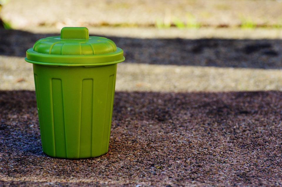Wywóz śmieci w kontenerze