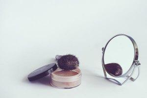 Co sprawia, że pudry są tak wspaniałym kosmetykiem?
