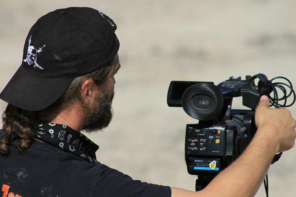 Na co zwrócić uwagę wybierając kamerzystę?