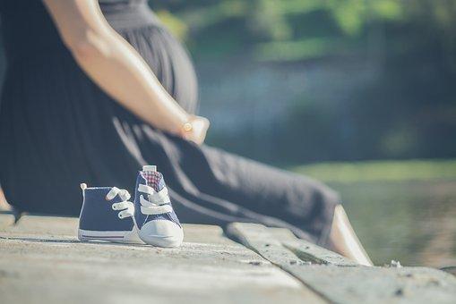 Ciążowe ubrania na każdą okazję