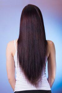 Zabieg kreatynowego prostowania włosów w Warszawie