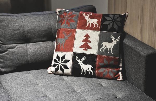 Ekstrakcyjne czyszczenie mebli tapicerowanych