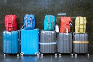 Modele walizek na czterech kółkach